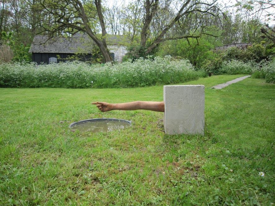 Random work from Niels van der Kuur, beeldende kunst in de openbare ruimte | Objecten / Installaties / Kunst in de openbare ruimte | Landingsplaats voor IJsvogels