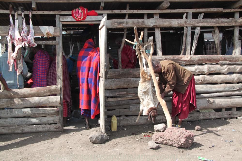 Random work from photos by caroline langevoord | portraits of east africa | masai buchery