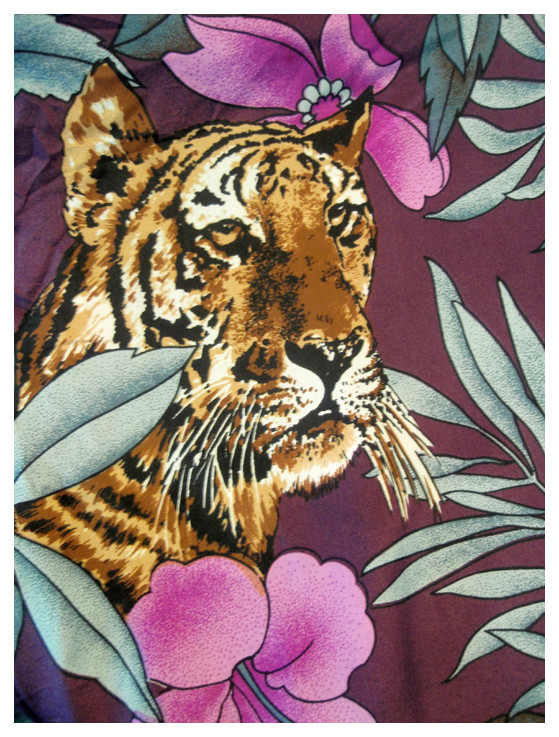 Random work from DEARHUNTER  | PRINTS EXTRAORDINAIRE | Print Tiger & Flower Silk Tee